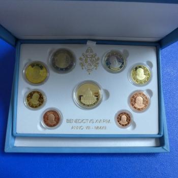 Vatikan Kms 2012 Inklusive 50 Euro Goldmünze In Polierte Platte
